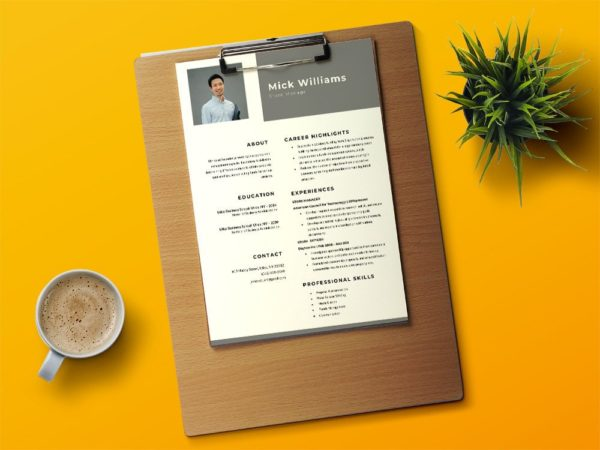 Free Manager Word Resume Template in with Clean and Simple Design